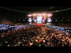 George Michael - Freedom '90 (Live, The Road To Wembley, 2006) - YouTube