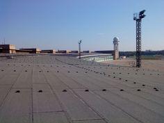 Tempelhof: Monitoringsysteme für Hangar-Flachdächer