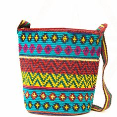 Handwoven Mochila Bags - Large – WAYUU MOCHILA BAGS | Wayuu Tribe New York