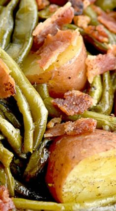 Southern Green Beans and Potatoes with Vidalia Onion and Bacon