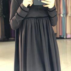 Abaya Fashion, Muslim Fashion, Fashion Outfits, Hijab Style Dress, Hijab Chic, Abaya Designs, Kurta Designs Women, Modele Hijab, Bridal Dress Design