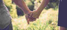 Ter um relacionamento amoroso de muitos anos pode mudar a maneira como você vê o mundo, e seu parceiro também muda um pouco você. Mais importante ainda: essa ligação pode trazer uma maneira inteiramente diferente