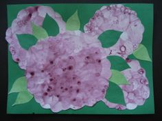 a faithful attempt: Bubble Print Hydrangeas Look closely, these are really bubble prints! Cut around the edge in scallops and glue real leaves...absolutely beautiful!