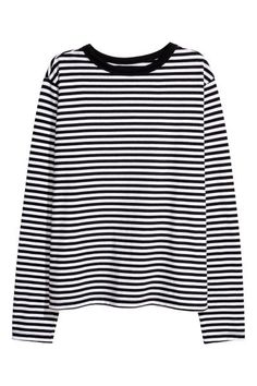 H&M Striped Jersey Top - Black/white striped - Women Edgy Outfits, Cute Casual Outfits, Grunge Outfits, Fashion Outfits, Black And White Shirt, Black White Stripes, Black Tops, Striped Jersey, Striped Shirts