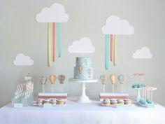 Thème de fête, party theme : voyage en ballon, clouds, nuages, hot air balloon, montgolfière
