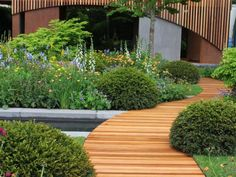 Tour the award-winning British gardens from the 2015 Chelsea Flower Show With HGTV Gardens.