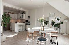 my scandinavian home: beautiful loft in malmö, southern sweden Lovely Apartments, Small Apartments, Scandinavian Interior Design, Scandinavian Home, Dining Room Design, White Decor, Interior Design Inspiration, Design Ideas, Design Design