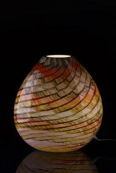 Great Elegant And Simple At The Same Time, This Table Lamp Fits   Also Thanks To