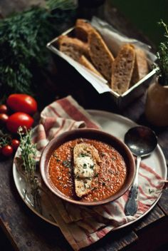 Roasted Tomato & Carrot Soup With Cheesy Croutons