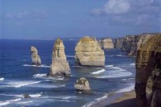 Reverse Great Ocean Road and 12 Apostles Day Trip from Melbourne in Australia Pacific Ocean and Australia Oh The Places You'll Go, Great Places, Places To Visit, Beautiful Places, Marine National Park, National Parks, King Travel, See World, Small Group Tours