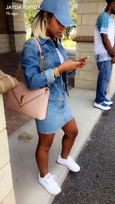 Love blue Jean on blue Jean Dope Fashion, Fashion Killa, Urban Fashion, Fashion Looks, Dope Outfits, Casual Outfits, Fashion Outfits, Le Closet, Mode Style