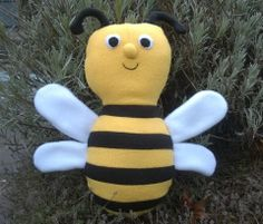 Benji the Bumblebee by Margo Gillaspy for the Bee Mine Sew-Along.