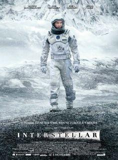 Interstellar est un film de Christopher Nolan avec Matthew McConaughey, Anne Hathaway. Synopsis : Le film raconte les aventures d'un groupe d'explorateurs qui utilisent une faille récemment découverte dans l'espace-temps afin de repousser