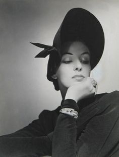 Picture from Vogue 1940.