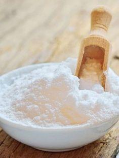 Här kommer några tips på hur du kan använda bikarbonat i hemmet. Vi kallar den för bikarbonatsbibeln. Håll till godo.