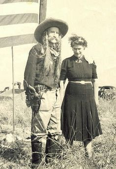 """Frank Eaton """"Pistol Pete"""" & his eldest daughter visit """"Cowboy Hill"""" - September 1948 Old West Outlaws, Westerns, Old West Photos, Pistol Pete, Real Cowboys, Into The West, American Frontier, Le Far West, Cowboy And Cowgirl"""
