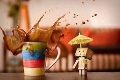 Photo of Raining Coffee for fans of Danbo. Rain And Coffee, Coffee Break, Coffee Time, Morning Coffee, Coffee Latte, Best Coffee, Coffee Shop, Coffee Lovers, Danbo