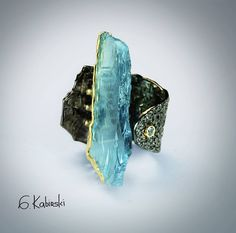 Jewelry | Jewellery | ジュエリー | Bijoux | Gioielli | Joyas | Art | Arte | Création Artistique | Artisan | Precious Metals | Jewels | Settings | Textures | German Kabirski
