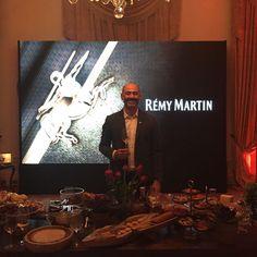 Bu gece viskiye #malternatif konyaktıRemy Martin in VSOP Coeur de Cognac XO ve sürpriz olarak karşımıza çıkıveren Louis XIII ekspresyonlarını müthiş lezzetlerle eşleştirdik ve dostlarla unutulmaz bir gece yaşadık Cognac was a #malternative to whisky tonight @janet_goz @serzat @alyakdemir @ilkgun @tugba_sagman #cognac #konyak #remymartin #louisxiii #vsop #tasting #taste #premium #wine @remymartin @burkay_adalig
