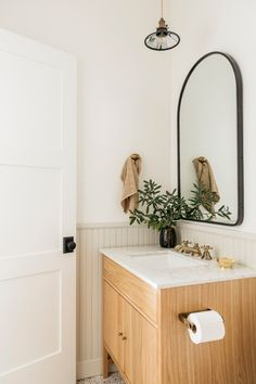 Home Design Decor, Interior Design Studio, Interior Styling, House Design, Home Decor, Timeless Bathroom, Buy My House, Minimalist Bathroom, Modern Bathroom Design