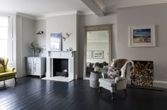 Painting old floorboards black with Farrow and Ball floor paint and Ronseal Diamond floor paint.