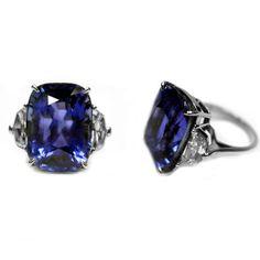 Magnificent Natural Ceylon Sapphire Diamond Ring  SRI LANKA / USA. Piranesi, 1stdibs  NEW