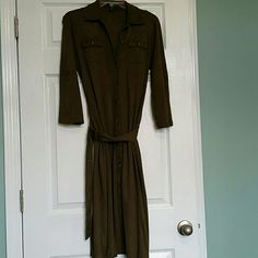Ralph Lauren dress Olive color, 3/4 length sleeves, buttons all the way down,  matching fabric belt, vintage look. Ralph Lauren Dresses Midi
