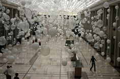 Scattered Crowd Balloon Installations by William Forsythe (3)