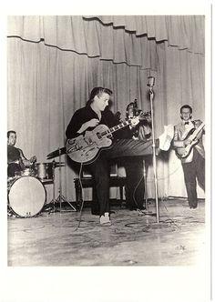 Cool Great Eddie Cochran - Rock 'n Roll great - Classic photo post card - Summertime Blues 2018 Check more at http://24shopping.ga/fashion/great-eddie-cochran-rock-n-roll-great-classic-photo-post-card-summertime-blues-2018/