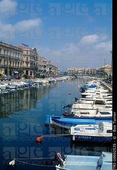 Barcos Canal Sete Francia