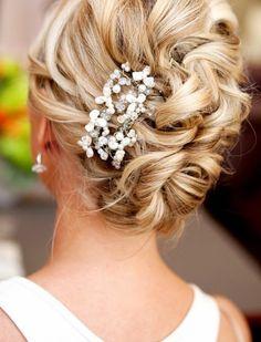 Wedding Hair Updos - Sophisticated Bridal Hair Styles.  | Read more:  http://simpleweddingstuff.blogspot.com/2015/03/wedding-hair-updos-sophisticated-bridal.html