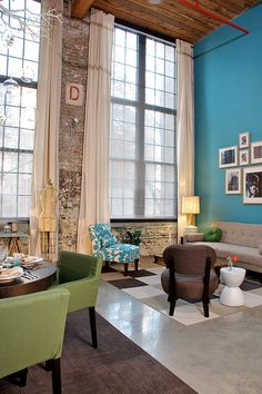 i love, love, love the teal wall...trying to find a way to work it into the next place i move to!