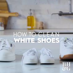 Clean White Leather Shoes, How To Clean White Sneakers, Diy Clean Shoes, Clean White Clothes, How To Wash Sneakers, Best White Shoes, How To Wash Shoes, Best White Sneakers, Cleaning White Canvas Shoes