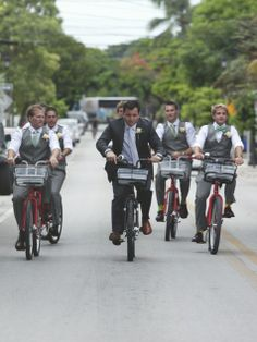 The groom and groomsmen rented bikes to the venue // Finding Light Photography