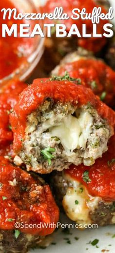 This mozzarella stuffed meatballs recipe is one of the best! It packs so much fl… This mozzarella stuffed meatballs recipe is one of the best! It packs so much flavor into every bite. A ground turkey or beef mixture is wrapped around a cube of mozzarella Meat Recipes, Cooking Recipes, Healthy Recipes, Homemade Meatball Recipes, Best Baked Meatball Recipe, Homemade Italian Meatballs, Lunch Recipes, Italian Appetizers, Appetizer Recipes