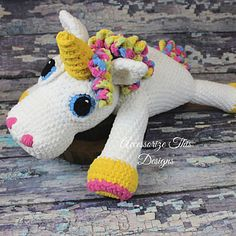 """Abigail"" modello Unicorn Pillow Buddy di Accessorize This Designs - For Karen - Knitting Pattern Crochet Pillow, Crochet Baby, Kids Crochet, Crochet Cushions, Free Crochet, Unicorn Pillow Pet, Pillow Pets, Knitting Patterns, Crochet Patterns"