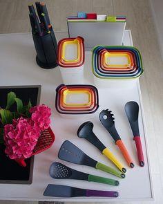 I am so in love with this brand 😍 easy to use - quality- colorful- functional kitchenwares ❤#kitchen#kitchendesign#kitchenset#kitchentools#josephjoseph#kitchenware#keuken#keukeninspiratie#cookware#cooking#storage#kitchenstorage#mutfak#mutfakgram#mutfakceyiz#mutfakesyalari#mutfakgereçleri#homeinspiration#interiordesign#interior123#interiorstyled#passion4interior#interior9508#homeinspo#inspo4all#interiorstyle#interiorinspo  Yummery - best recipes. Follow Us! #kitchentools #kitchen