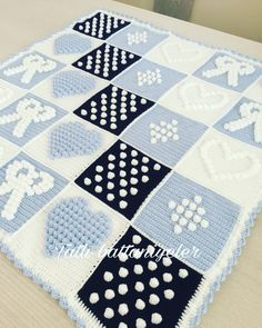 Manta Crochet, Crochet Bebe, Projects To Try, Quilts, Blanket, Handmade, Crafts, Bed Covers, Crocheting