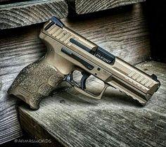 """Manufacturer: Heckler & Koch Mod. VP9 """"Custom Cerakote"""" Type - Tipo: Pistol Caliber - Calibre: 9 mm Capacity - Capacidade: 15 Rounds Barrel length - Comp.Cano: 4 Weight - Peso: 724 g"""