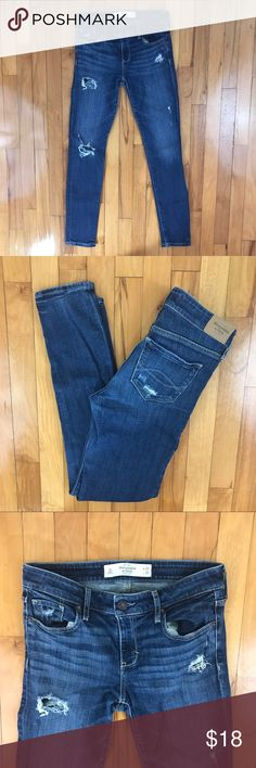 "The A&F Super Skinny Mid Rose Jean Distressed medium wash jeans. Decent amount of stretch. Excellent condition. Size is 2S (short). Length is 29"". Always washed cold and never put in the dryer. {C} Abercrombie & Fitch Jeans Skinny"