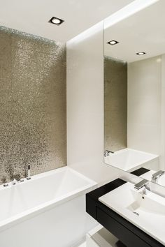 Gold wall bathroom