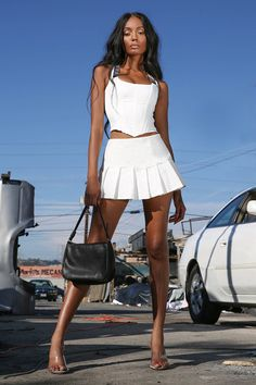 White Pleated mini skirt Low riseBox pleat Cotton / Polyester Bruna wears a size XS Hot Outfits, Summer Outfits, Fashion Outfits, Womens Fashion, Swag Fashion, Couple Outfits, Fashion Hacks, Dope Fashion, Party Outfits