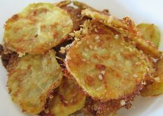 Classic potato chips is unimaginable in low carb diets. But what if there is chips that you can eat freely? Yes, that would be so good! Zucchini Chips