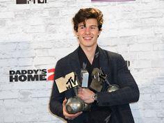 Shawn Mendes es el mandamás en los EMA's de MTV - Excélsior