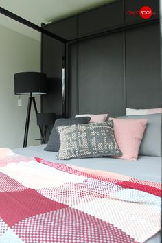 Decospot | Bedroom | Gan Canevas, Bloomingville, Atipico Pillows and Muuto Loom Plaid. Available at decospot.be webshop.