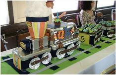 DIY train centerpiece for a train birthday party! Trains Birthday Party, Train Party, Birthday Table, 2nd Birthday Parties, Boy Birthday, Birthday Ideas, Chuggington Birthday, Thomas Birthday, Kid Parties