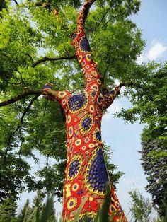 Tree Happy