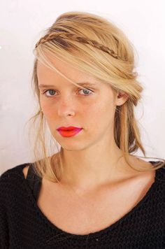 love this pink & orange pout {Holly Fulton, Spring 2013} #beauty
