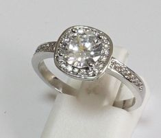 Sterling Silver Oval Cubic Zirconia S925 Gemstone Ring.  VS1, Size R.