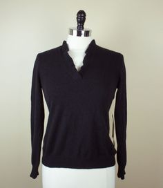 15fd47a555676 New RALPH LAUREN Petite Black 100% Cashmere Ruffle Accent V-Neck Sweater sz  P
